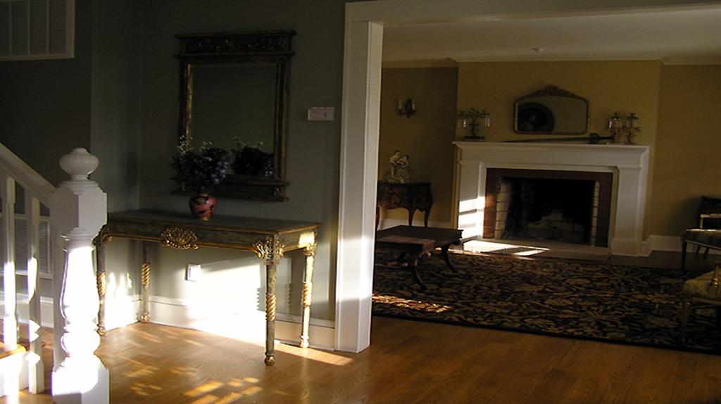 Gikas-Painting-flooring